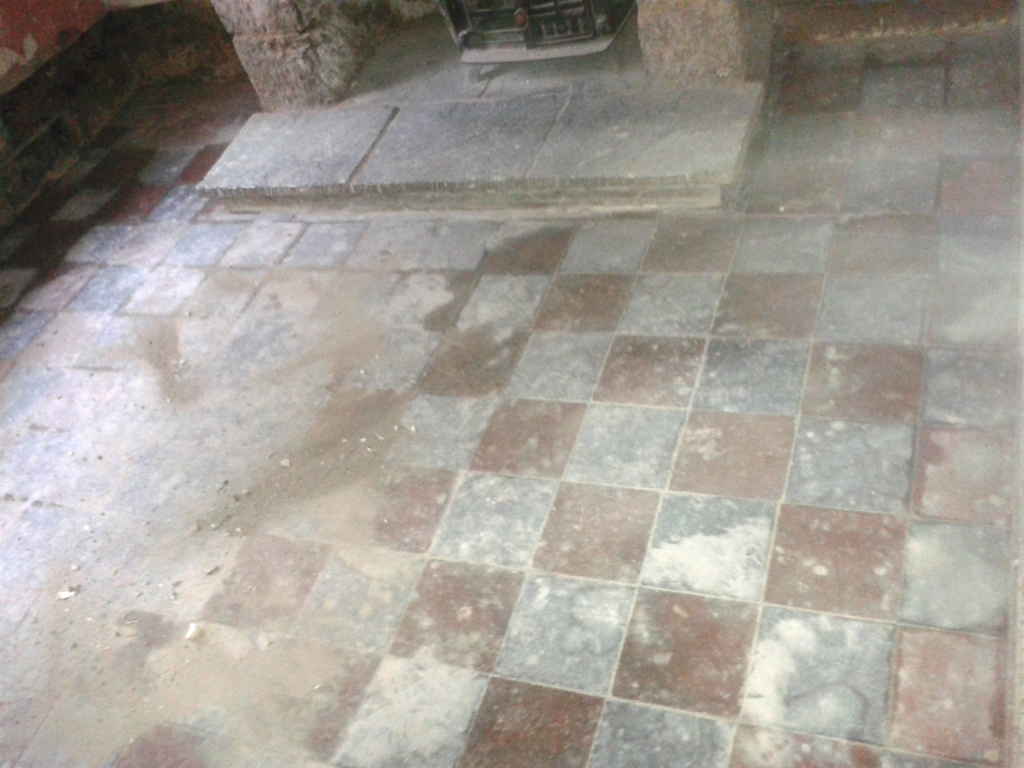 Removing cement and mortar from quarry tiles quarry tiled floors victorian quarry tiles telford before cleaning dailygadgetfo Images